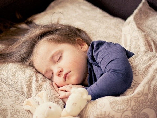 Tips to Get the Kids to Fall Asleep Faster
