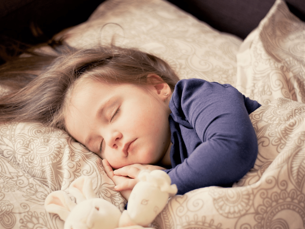 10 Tips to Get the Kids to Fall Asleep Faster