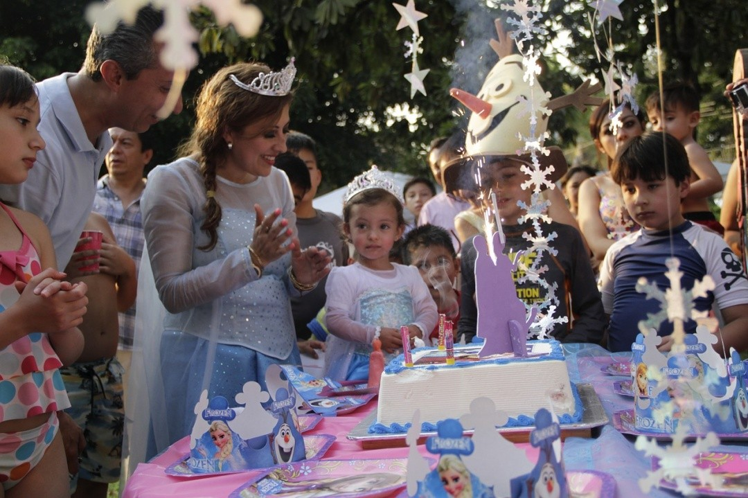 10 Incredible Family Birthday Traditions Worldwide